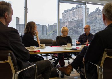 Beatriz Colomina leads a workshop in the Evolution House board room
